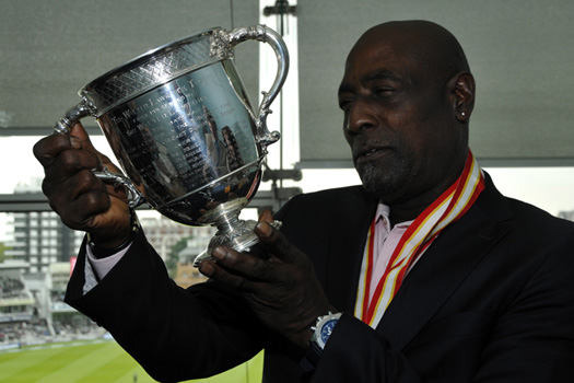 Sir Vivian Richards with the Walter Lawrence Trophy.