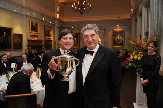 No stranger to silverware! Actor and guest speaker Jim Carter (right), presents the Walter Lawrence Trophy to Sussex President John Barclay, who accepted it on behalf of winner Scott Styris.