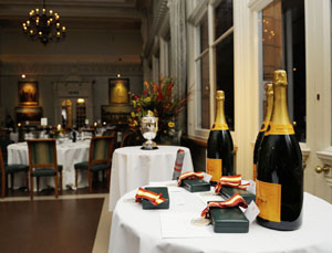 Veuve Clicquot, Medallions and The Trophy